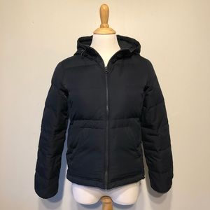 EUC- GAP-Hooded Navy Zip-Up Quilted Jacket-Size xs